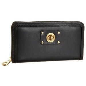 Marc By Marc Jacobs Turnlock Trifold Wallet